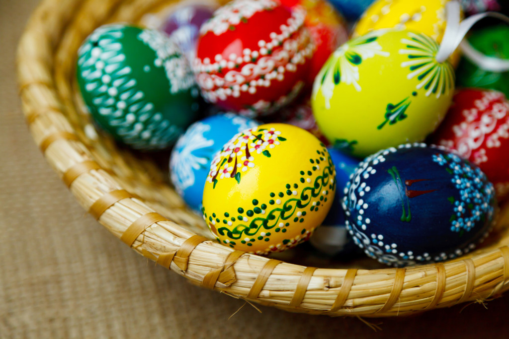 traditional-easter-eggs (1)